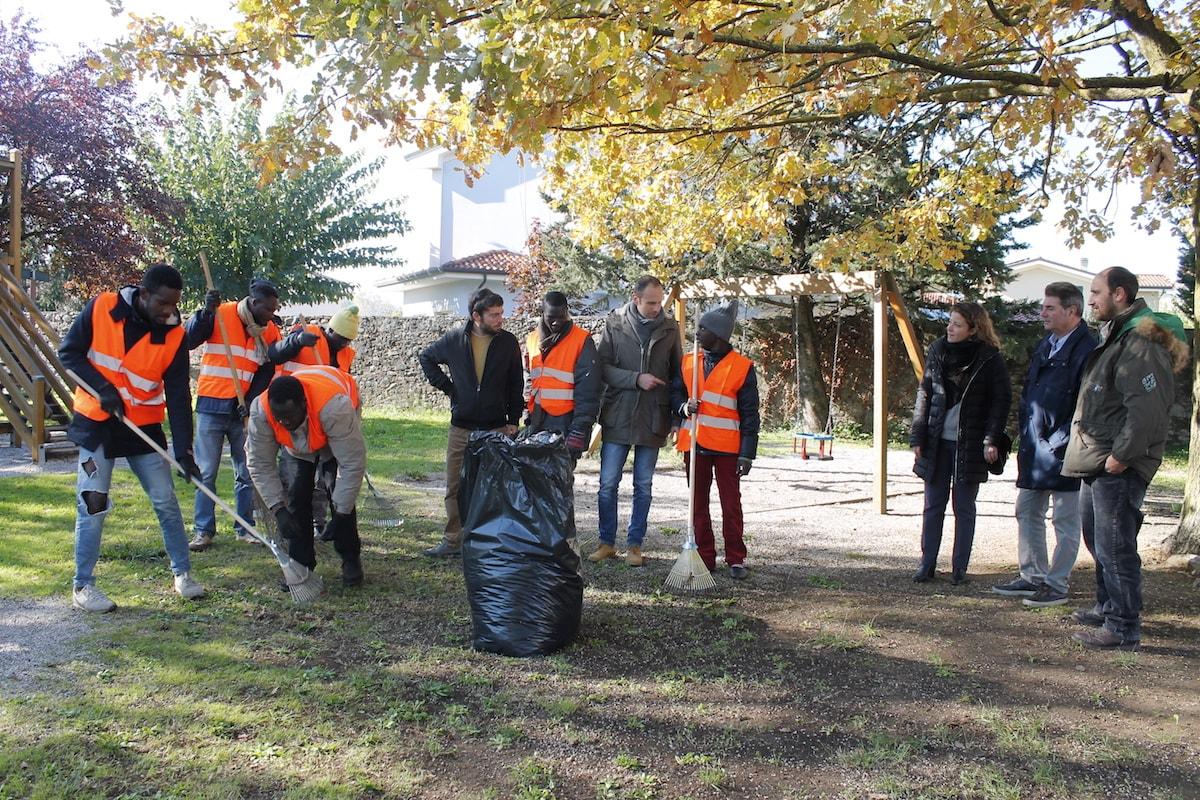 Migranti volontari a Capannori